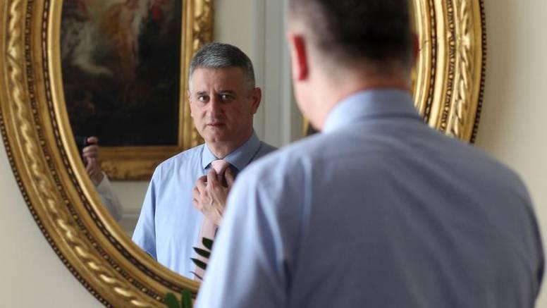 Plenković se polako pretvara u saharinsku verziju Karamarka
