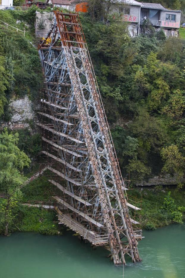 """Jablanica: Dio mosta iz filma """"Bitka na Neretvi"""" ide u prodaju kao staro željezo"""