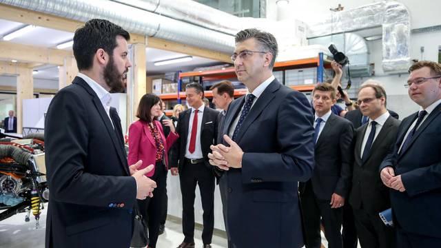 Zagreb: Premijer Plenkoviæ posjetio Rimac automobile