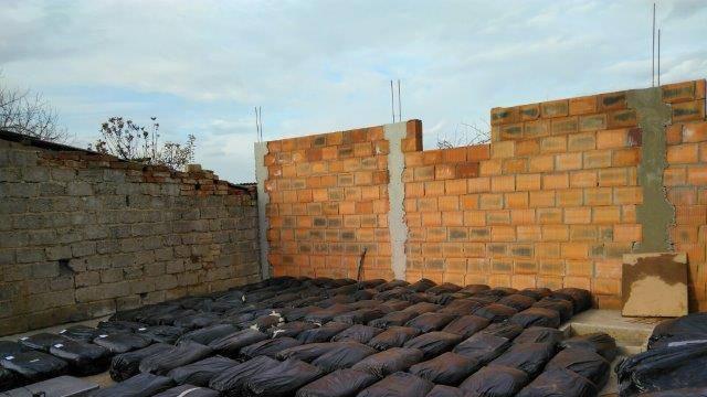 Kao karteli: Više od 1.300 kg duhana skrivali su u podzemlju
