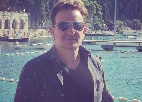 Šarmer u Cavtatu: Dečkima iz benda pridružio se i Bono Vox