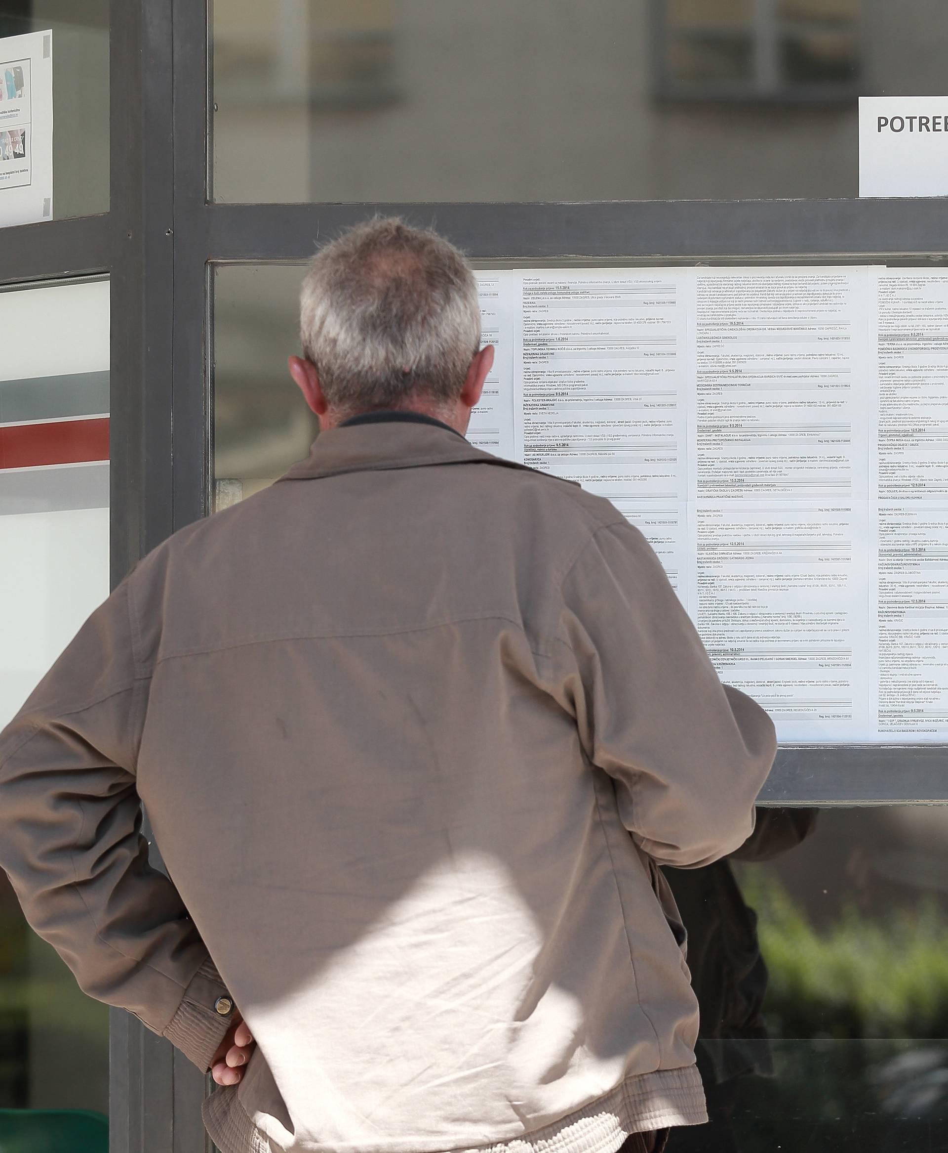 Svaki četvrti radnik boji se da će zbog krize ostati bez posla