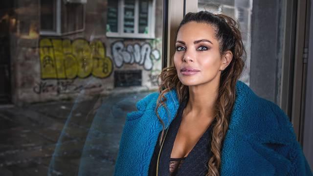 Nikolina Ristović: Pakiram za Švecku, majke mi. I prodajem pištolj kao nov, jednom korišten