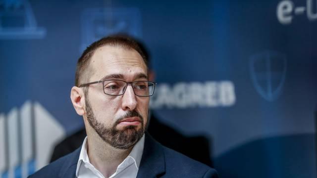Tomašević najavio prve rezove: Broj službenih automobila smanjuje se sa 140 na 40