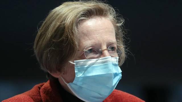 Markotić: Moguće je da će se preboljeli cijepiti jednom dozom