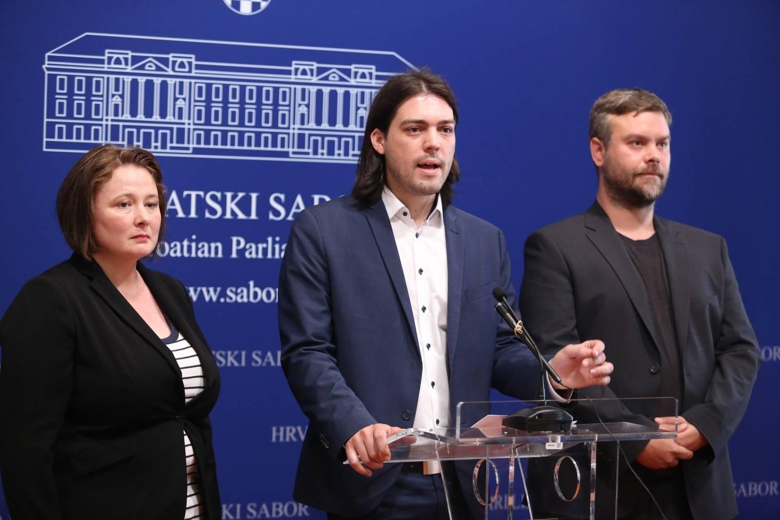 Zagreb: Damjan Vuceliæ i Snježana Sabolek novi zastupnici Živog zida