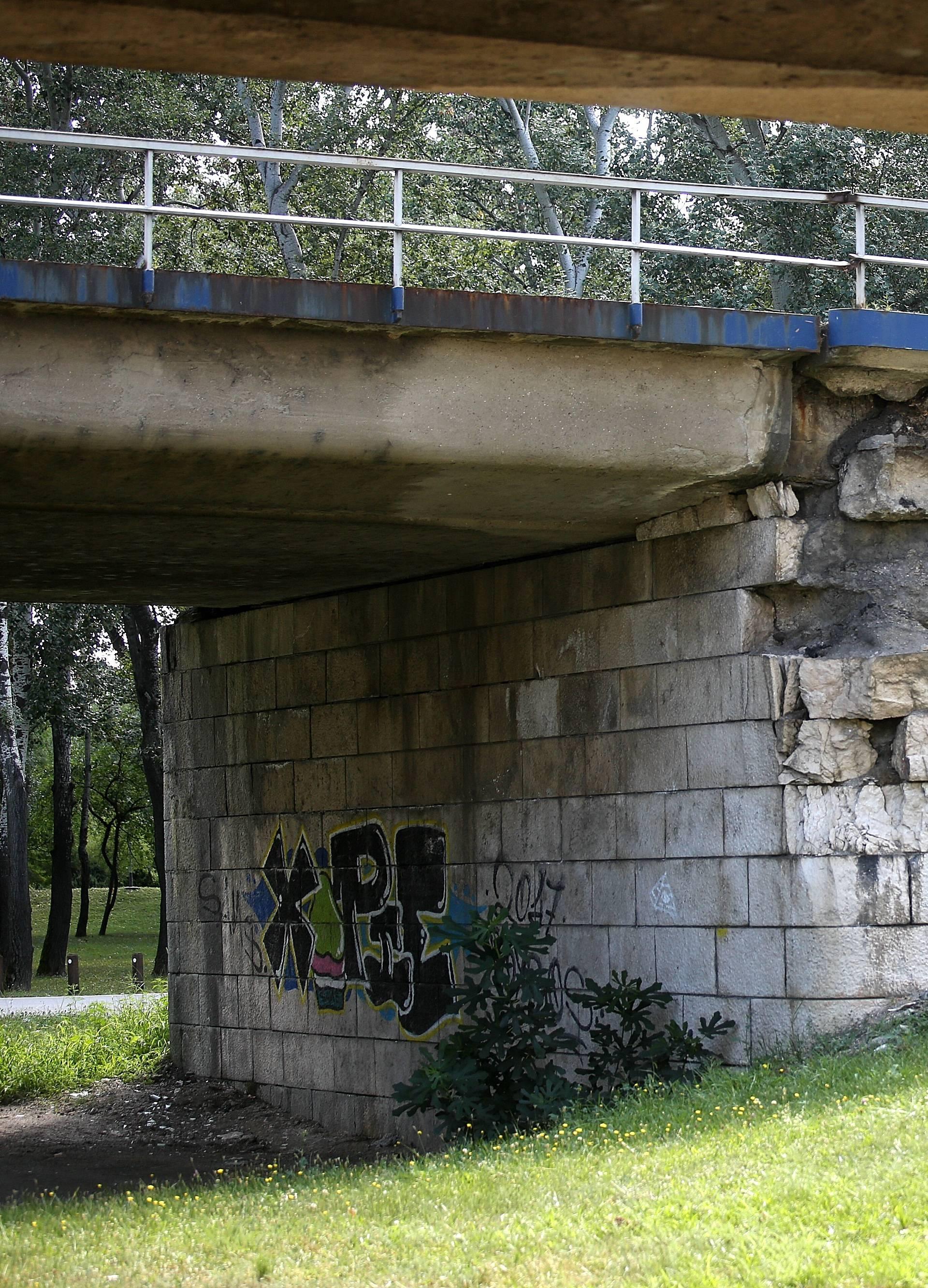 Mostovi su stari i dotrajali, a ni jedan grad nema plan obnove!