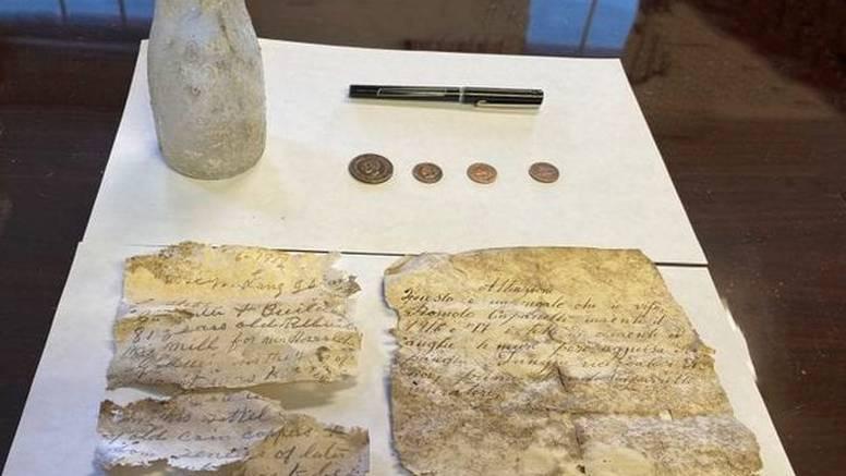 Poruka skrivena ispod tla 1917. godine pronašla je put do unuke