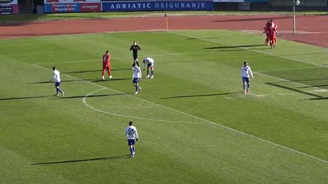Još jedna blijeda predstava Hajduka: Penal ih spasio poraza od drugoligaša iz Zmijavaca