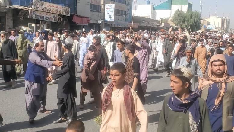 Talibani dobili više od milijardu dolara pomoći, Amerikance su pozvali da budu velikodušniji
