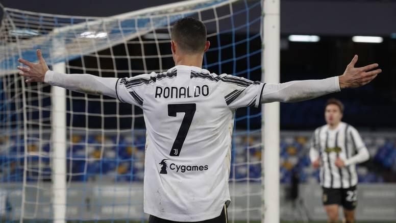 Vratio se u United, ali neće moći nositi broj 7. Ni 9 nije dostupan