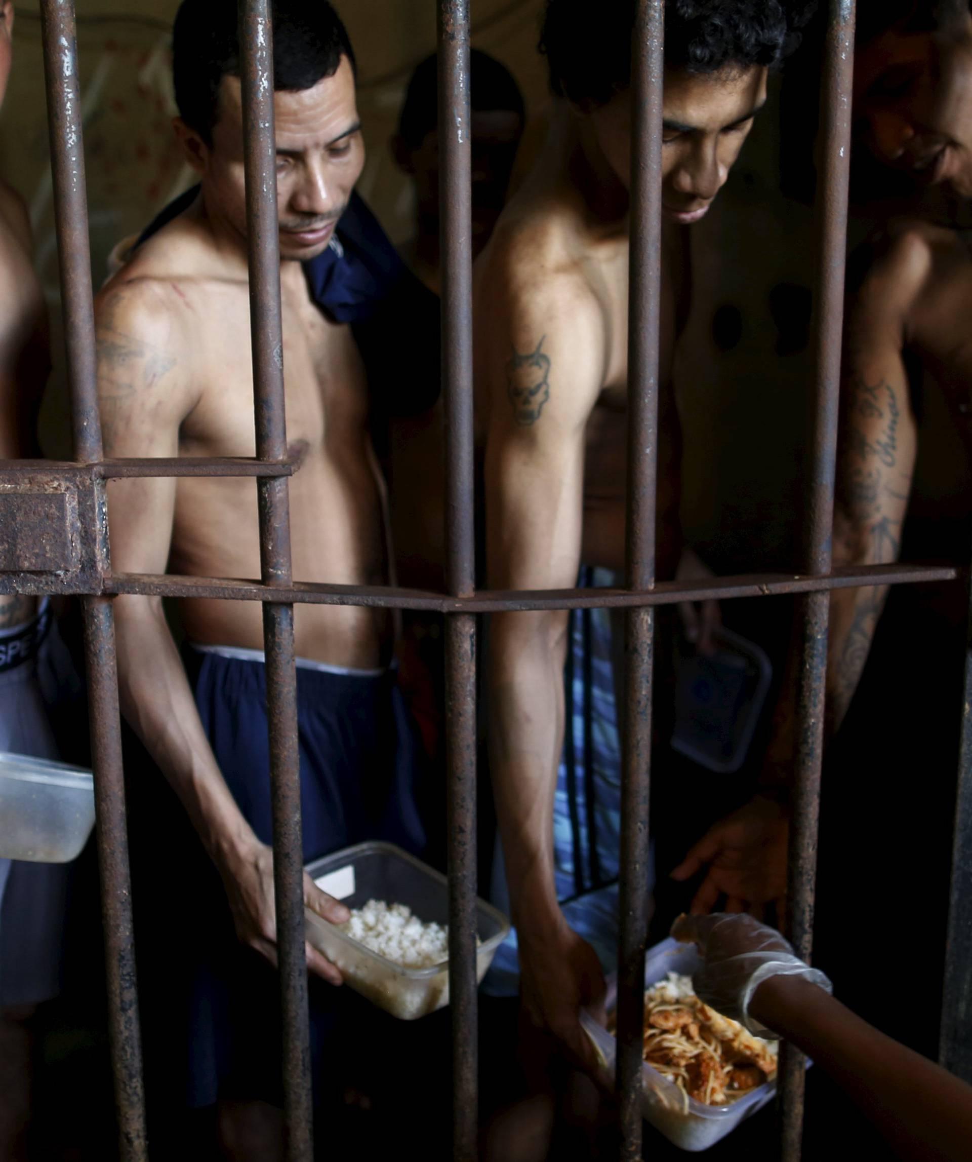 Kriminalce godinama drže u zatvoru iako im nije suđeno