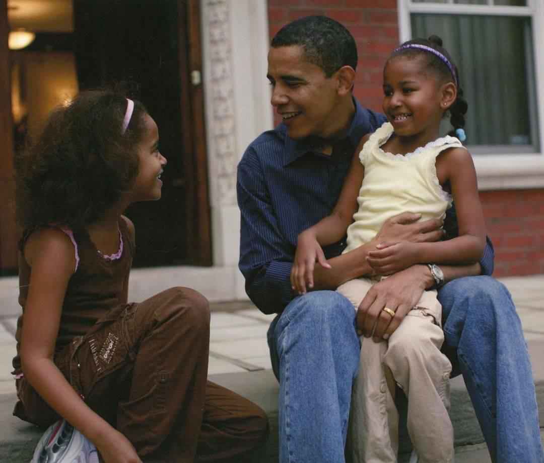 Michelle Obama: Kćeri se nisu smjele ni poljubiti bez zaštitara