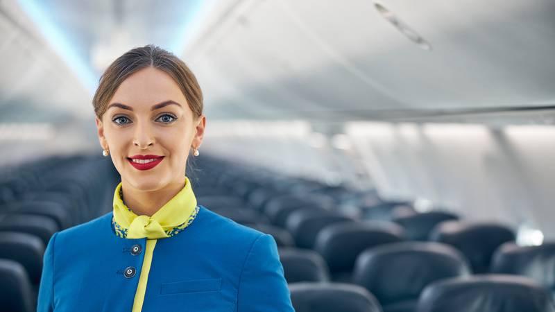 Stjuardesa otkrila prljave tajne: Ovo na letu nikad ne naručujte!
