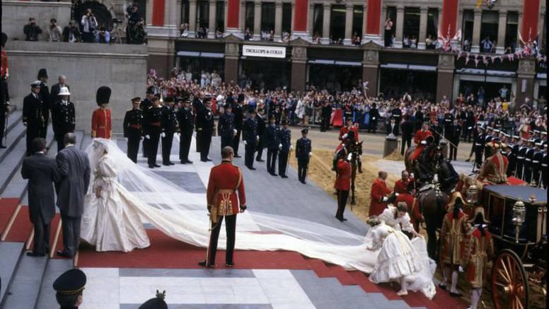 Lady Diana u rezervi je imala još jednu, pričuvnu vjenčanicu
