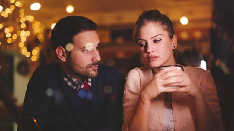8 znakova za uzbunu: Ako vam to partner radi, nađite boljeg...