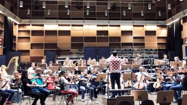 'Ajmo Hrvatska!': Münchenski orkestar uz naše nogometaše