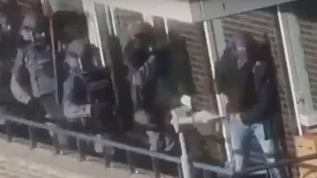 Planirali pokolj kalašnjikovima: U zadnji tren uhvatili teroriste