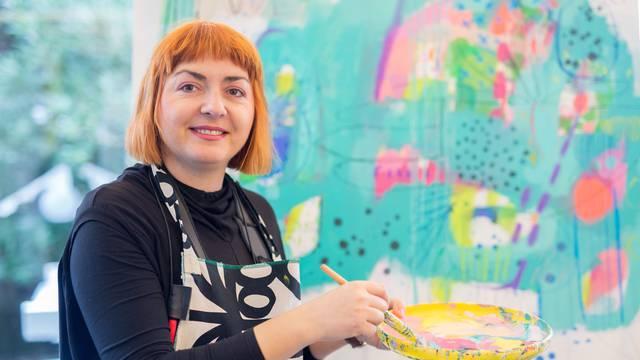 Umjetnička djela: Svi su ludi za hit-tapetama riječke slikarice
