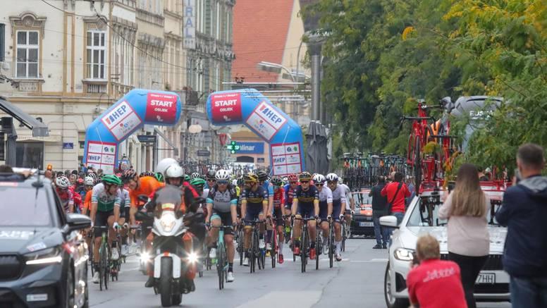 Počeo CRO Race, Nijemac vodi