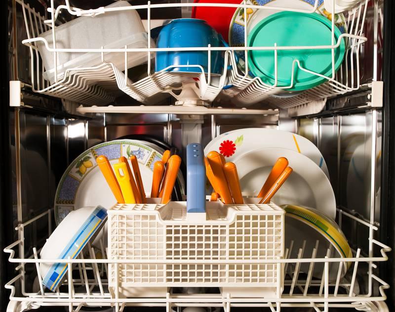 Soda bikarbona i ocat očistit će vašu perilicu do savršenstva