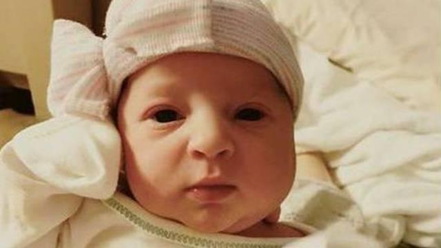 Božićno čudo: Rodila se curica koja je začeta prije 25 godina!