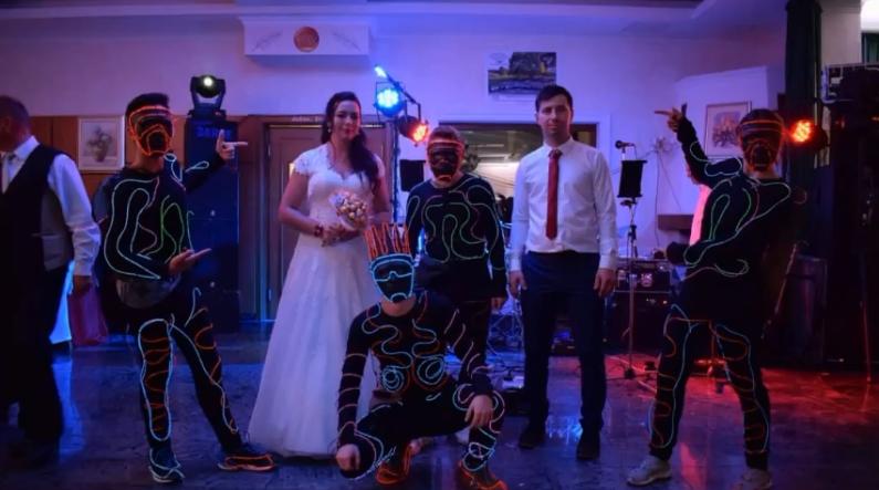 Svjetleći Atomi iz Supertalenta sad nastupaju i na svadbama!