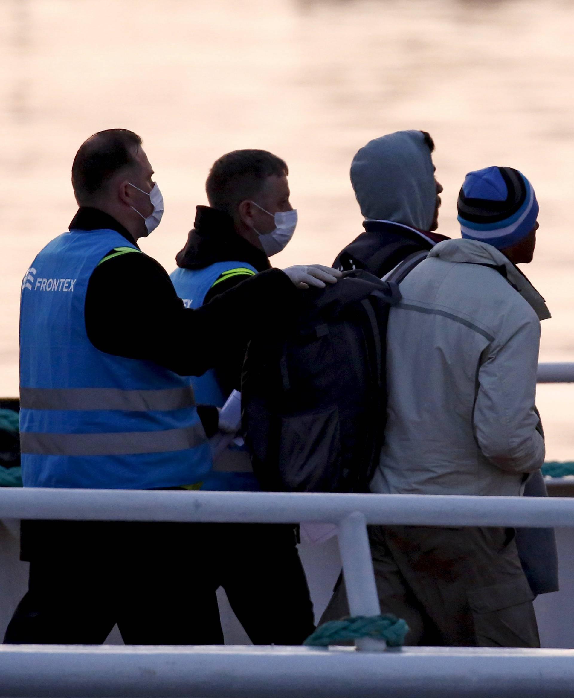 Nastavljaju deportaciju: Šalju migrante  iz Grčke u Tursku