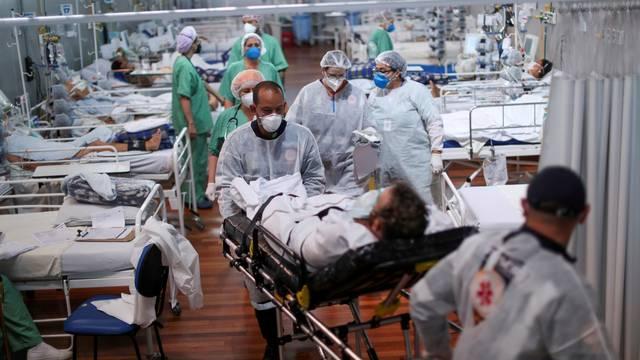 FILE PHOTO: Outbreak of the coronavirus disease (COVID-19) in Brazil