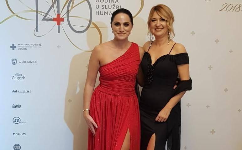 Milanka i Bianca zasjale su na balu Crvenog križa u Zagrebu