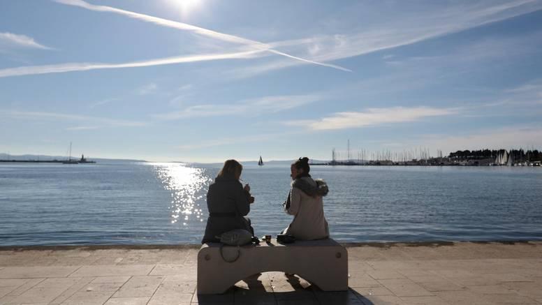 U većini Hrvatske oblačno, u Dalmaciji i Istri i dalje sja Sunce