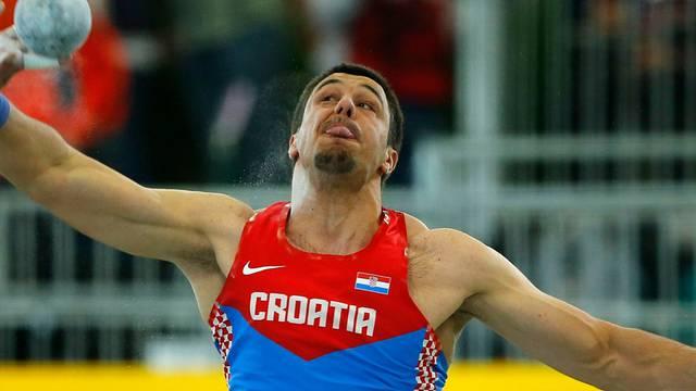 Filip Mihaljević osvojio broncu u kugli na dvoranskom SP-u!
