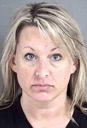 Teta u vrtiću optužena za seks sa srednjoškolcima