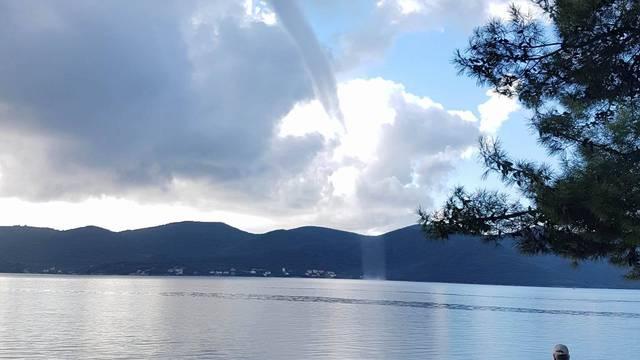 Obilne kiše na Jadranu, ali i u Dalmaciji: Pijavica na Pelješcu