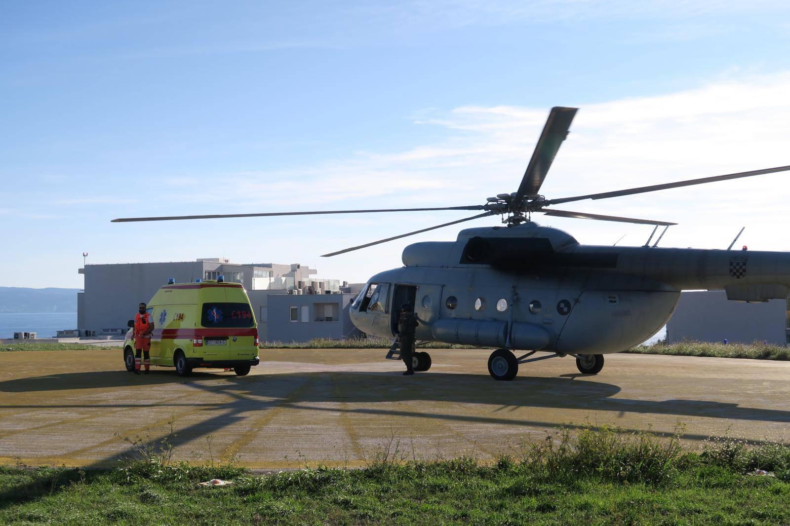Pacijent iz Dubrovnika dovezen helikopterom u Split