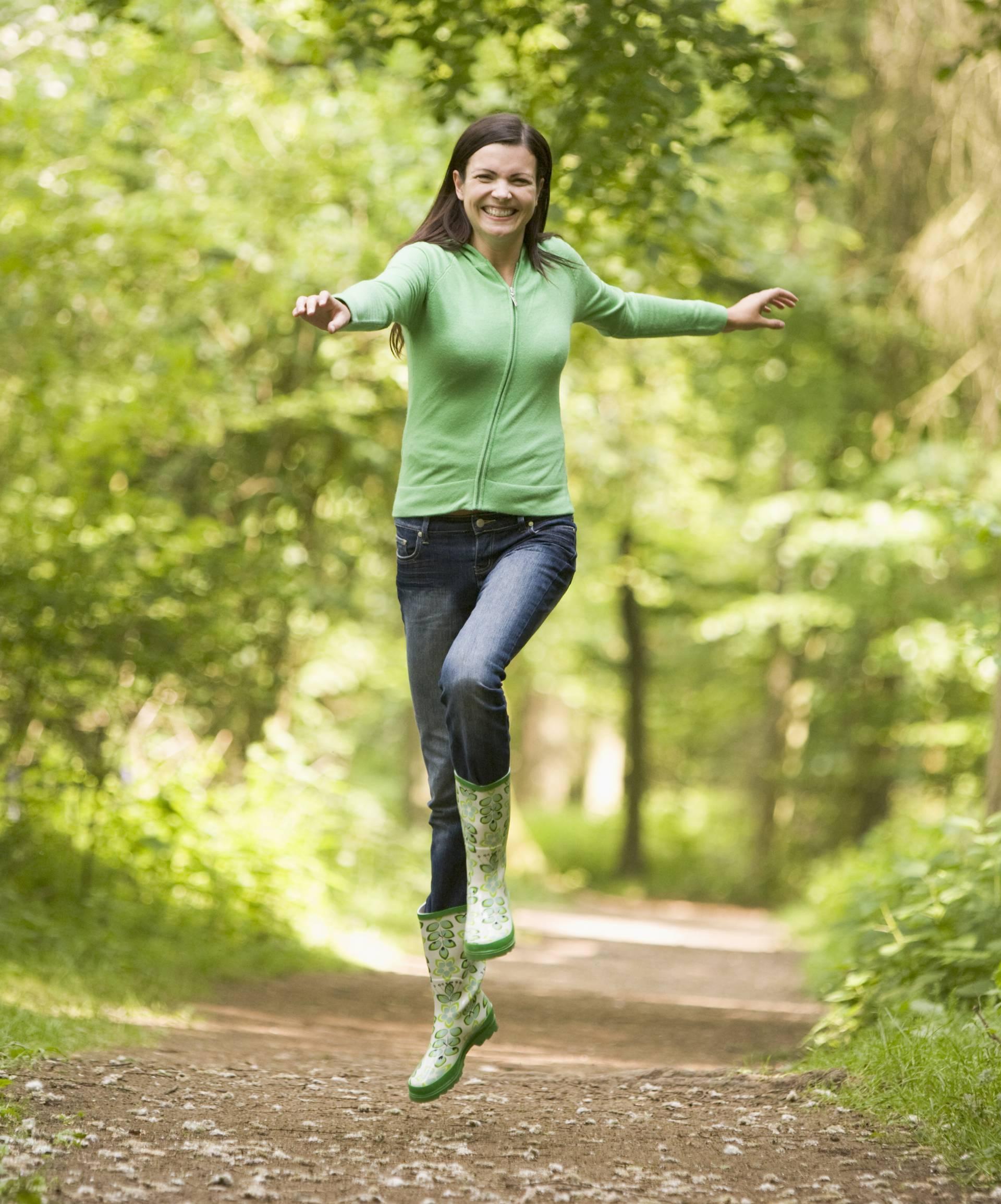 Samo bivanje u šumi čini tijelo zdravim i budi ljudska osjetila