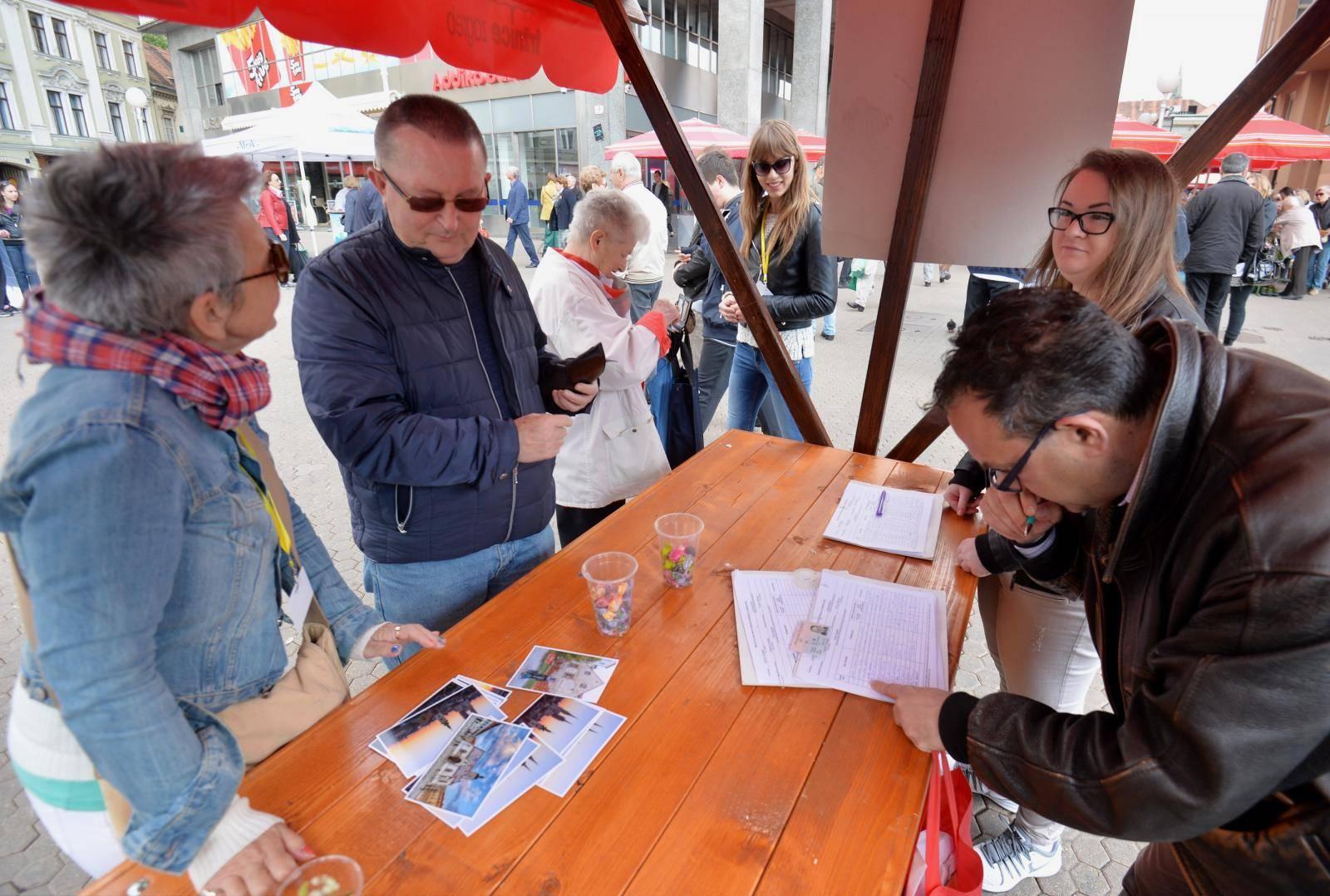 HZJZ: Potpise birača trebalo bi prikupljati na otvorenome