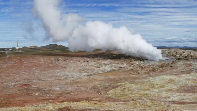 Island se priprema za erupciju vulkana: 'Može eksplodirati svaki tren, ne znamo ništa'