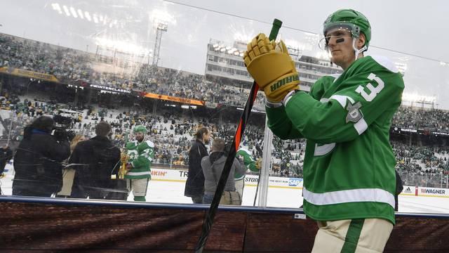 NHL: Winter Classic-Nashville Predators at Dallas Stars