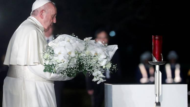 Papa Franjo posjetio Hirošimu: 'Nuklearno oružje je zločin'