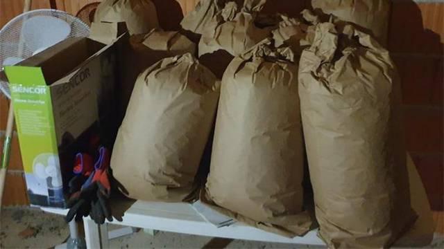 Muškarac u Zadru skrivao 23 kg marihuane u 11 kartonskih vreća