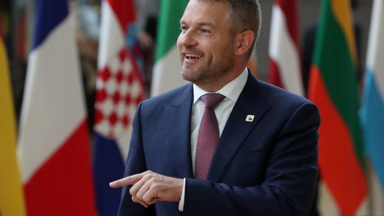 Slovačka vlada preživjet će u utorak glasovanje o povjerenju