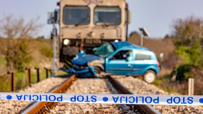 Teška nesreća kod Vodnjana:  U naletu vlaka poginuo  je mladić