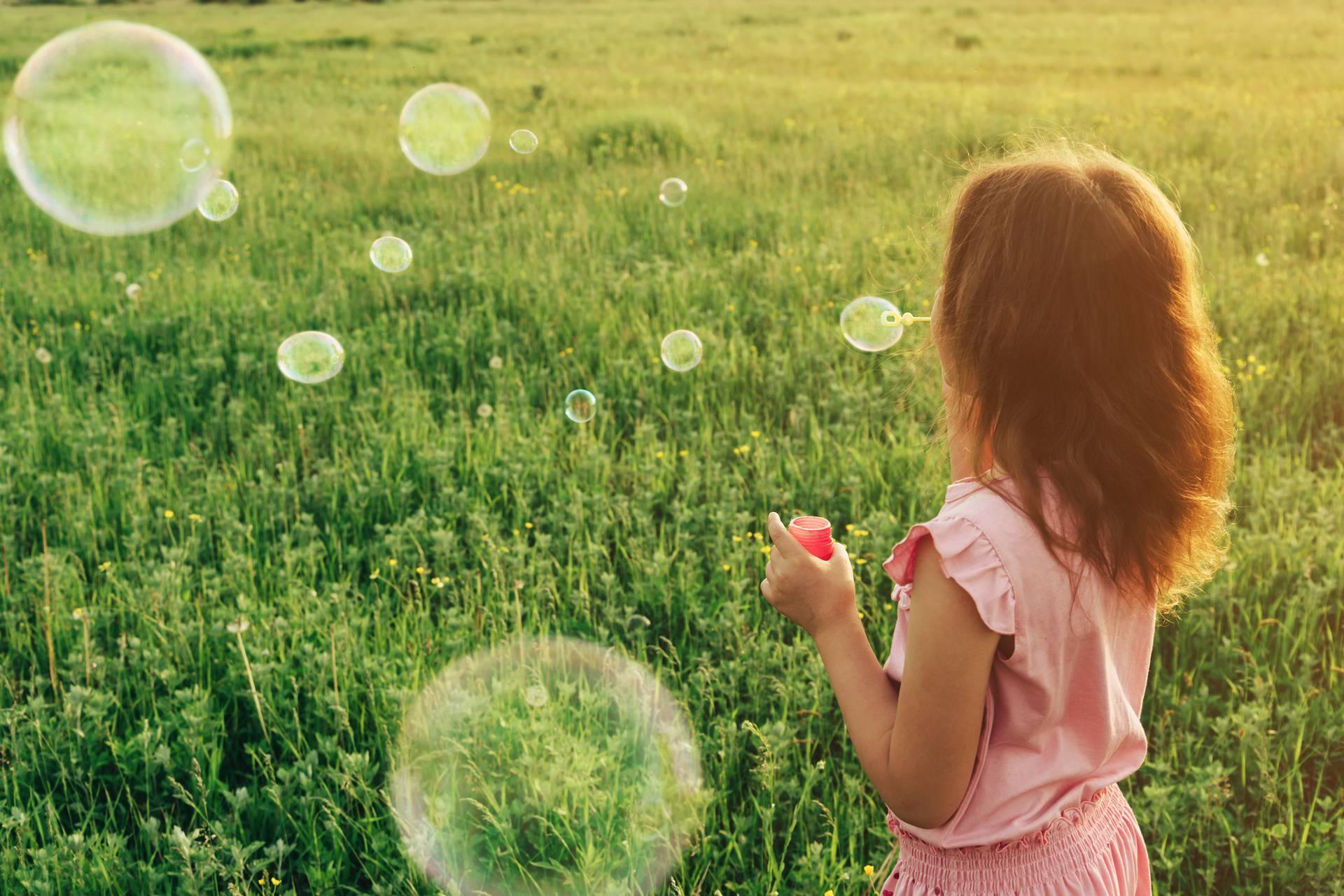 Mjehurići sapunice prekriveni peludom mogli bi pomoći kod oprašivanja biljaka i cvijeća