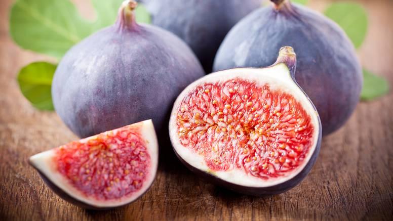 Ako želite održati kilažu nakon ljeta, ne jedite puno ovog voća