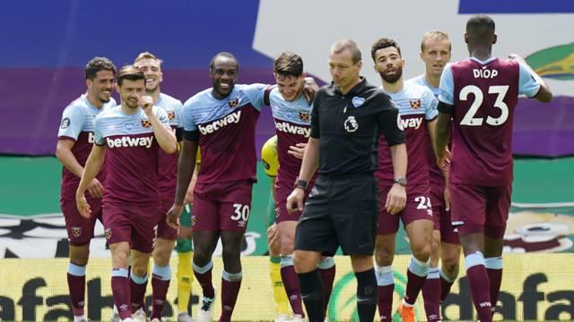 Premier League - Norwich City v West Ham United