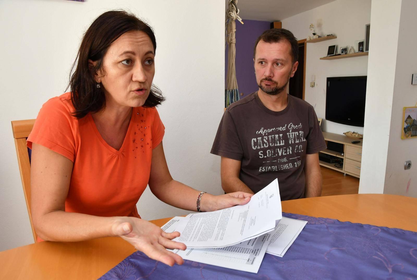 Slavonski Brod: Roditelji autističnog djeteta koje danas nije dobilo svog asistenta u nastavi