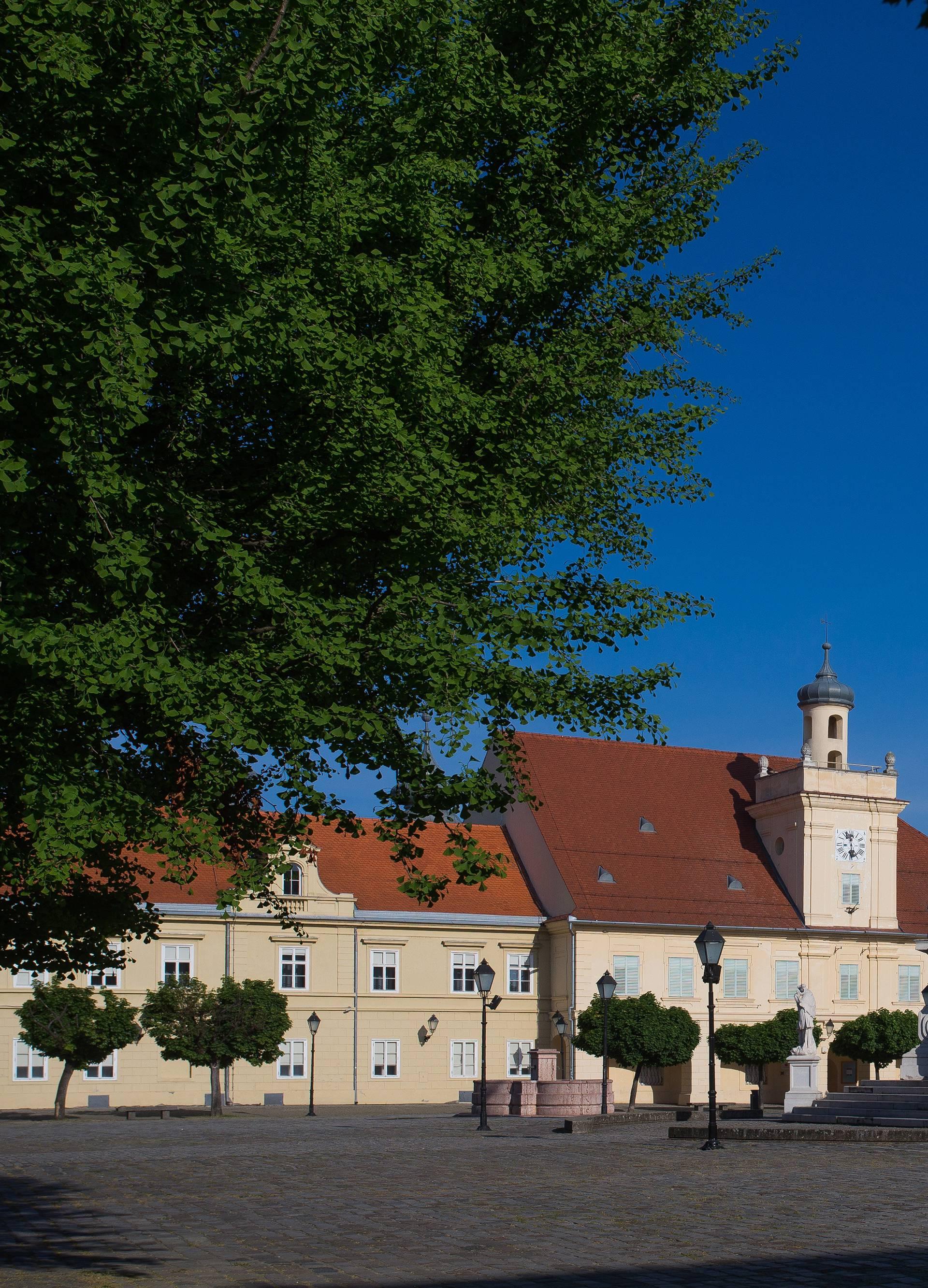 Osijek daje božićnice socijalno ugroženima od 100 do 300 kn