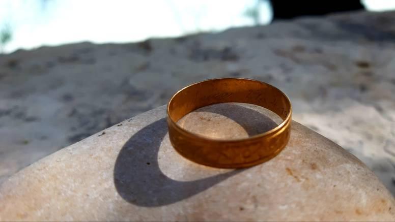 Našla vjenčani prsten iz 1963. 'Želim naći njegovu vlasnicu'