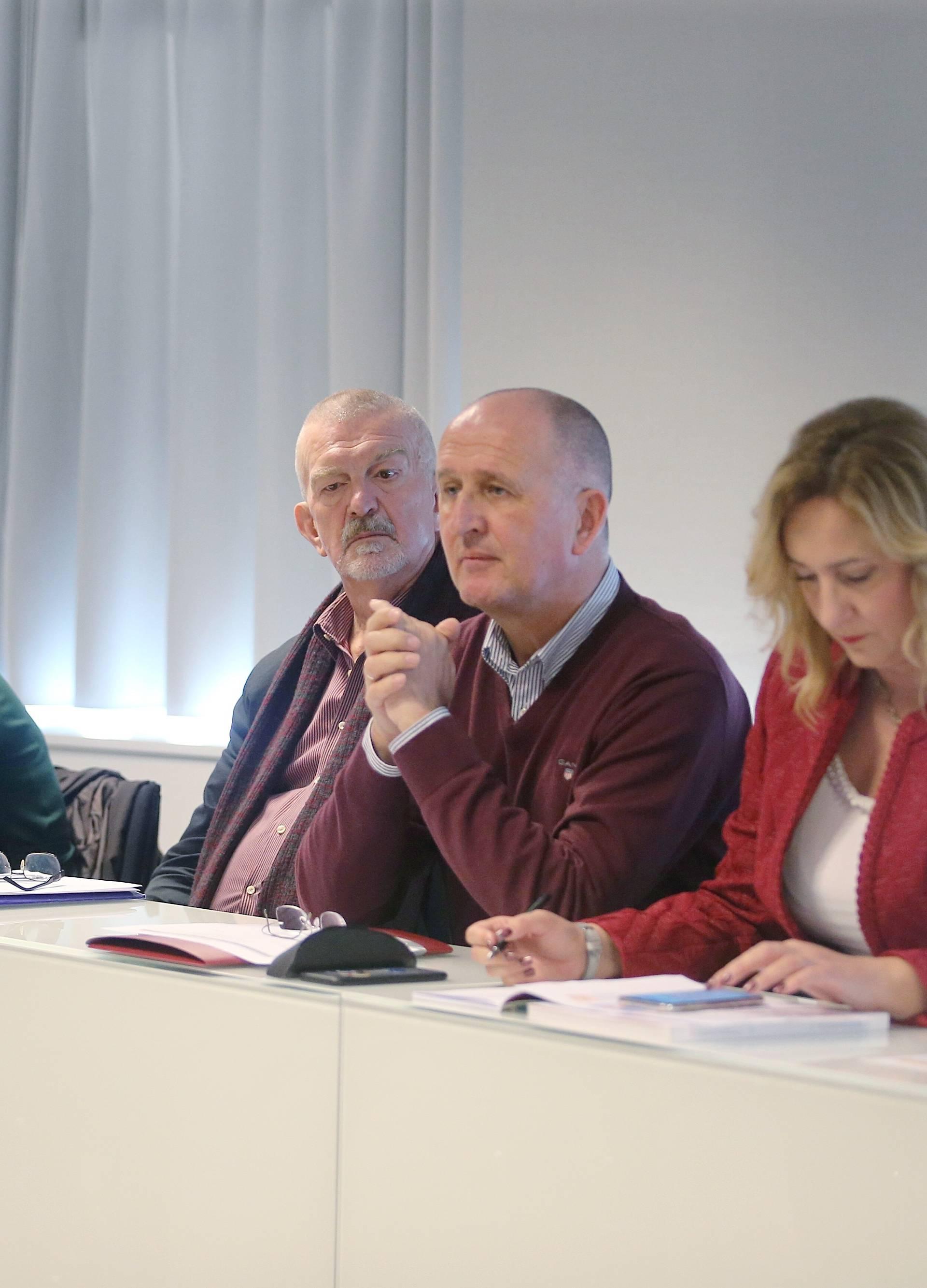 Zagreb: Konferencija sindikata o štrajku u osnovnim i srednjim školama